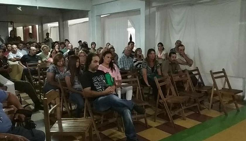 Reunión de Autoconvocados en Centro Democrático de Cardona