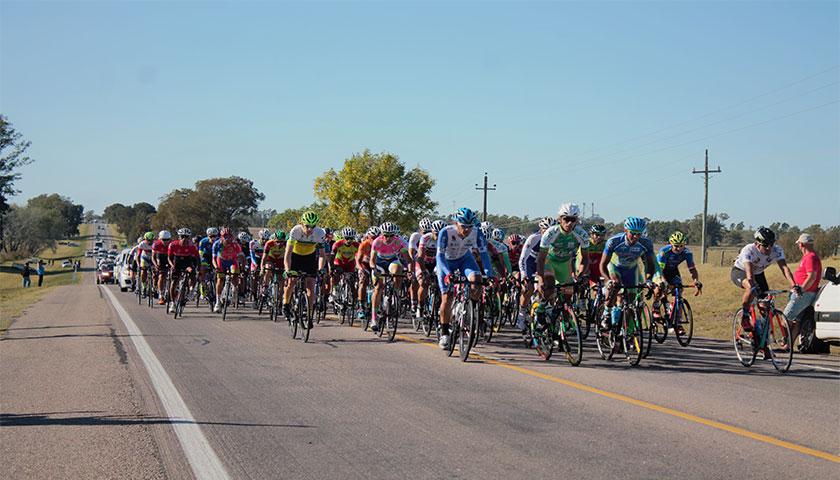 La vuelta ciclista del Uruguay con Tenfield