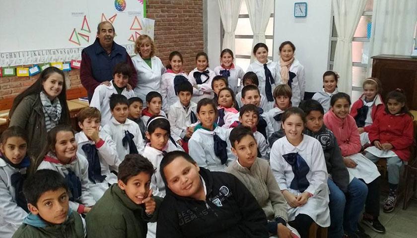 Proyecto Comunicación Radio Integración medio diálogo recepción y manejo en Escuela Nro 54
