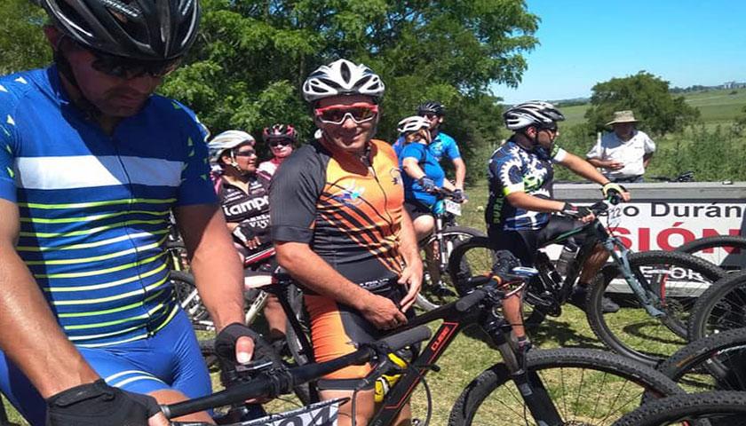 Ciclistas de Cardona y Florencio Sanchez siguen participando en distintos eventos a nivel nacional