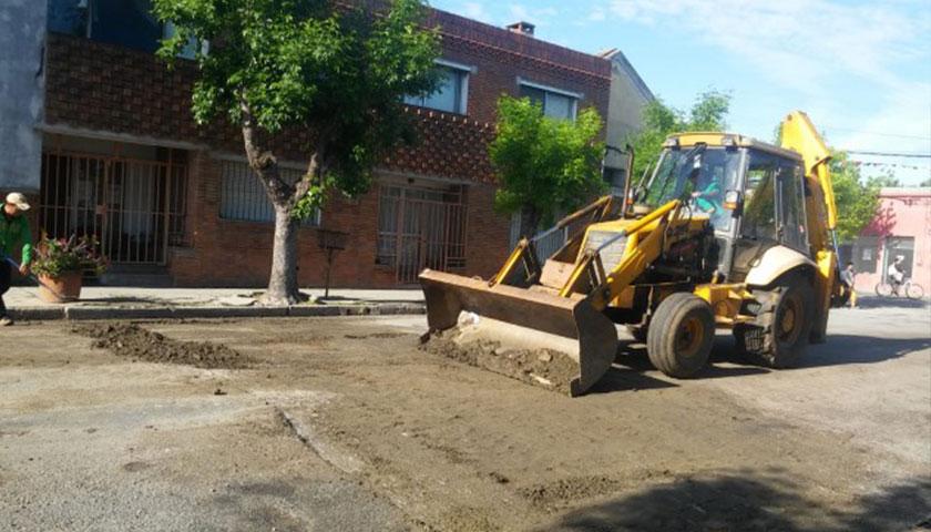 En Cardona el Municipio local trabaja en el mantenimiento de infraestructura urbana