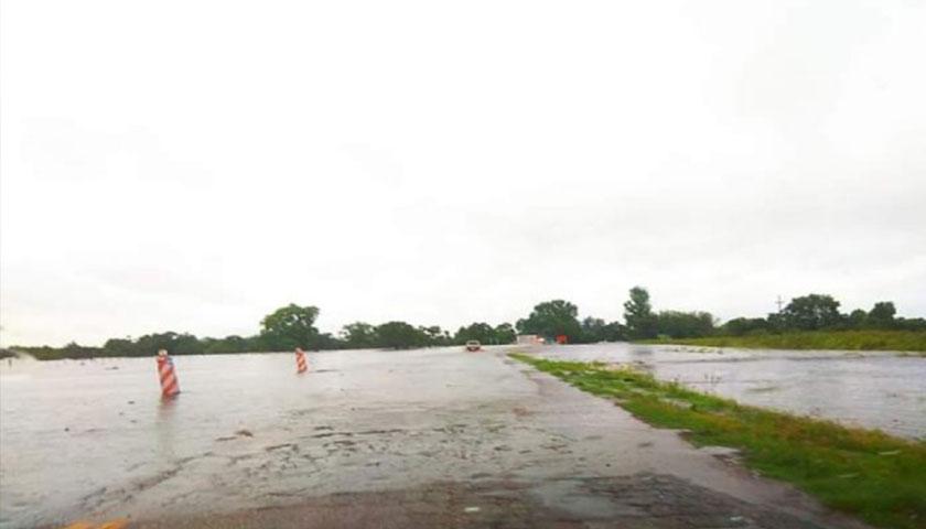 Nueva Palmira inundada y casi aislada
