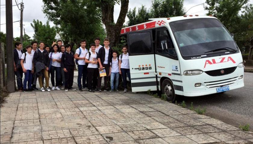 Intendencia de Soriano asegura transporte gratuito para estudiantes