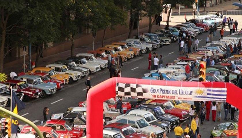 """Hoy Pasa por Soriano y Río Negro el Rally """"19 Capitales Histórico"""""""