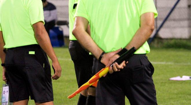 Los árbitros no ceden su derecho de imagen a OFI