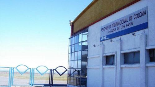 Aeropuerto de Colonia cerrado a vuelos internacionales por falta de personal. Para llegar a Carmelo hay que aterrizar en Montevideo