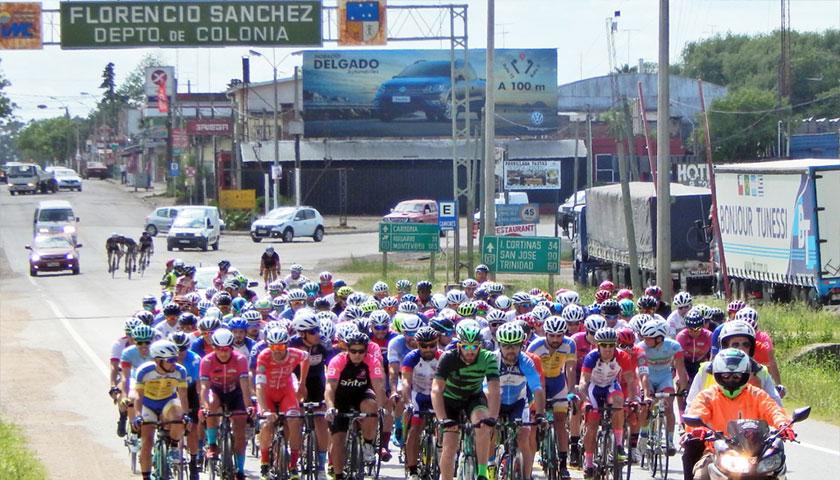 Ciclismo: Nicolás Méndez se Impuso en Prueba del Cardona Wanderers