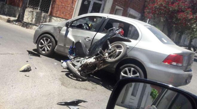 Siniestro de tránsito deja a motociclista lesionado de entidad