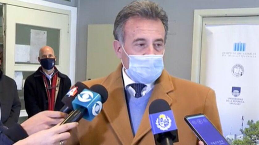 Salinas Insiste en que la Pandemia Terminará en la Próxima Primavera
