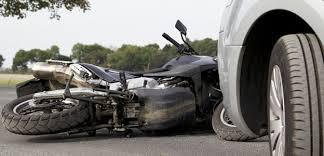 Hombre de 56 años falleció tras choque entre una camioneta y una motocicleta en Pando